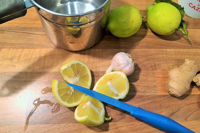 tisana-del-benessere-zenzero-limone-aglio